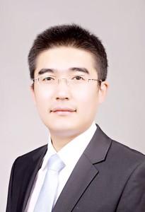 Jun-Ming Li